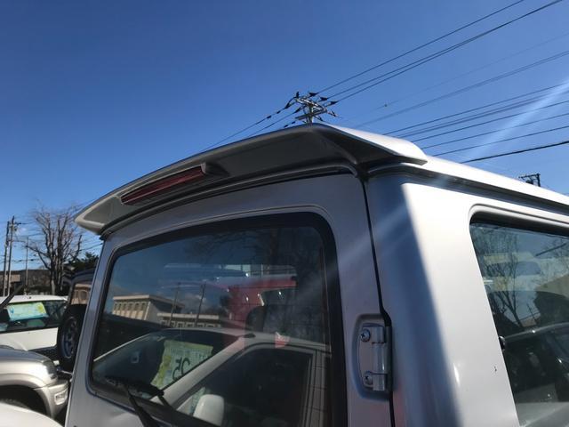 エルク 4WD 4名乗り SUV グレー(7枚目)