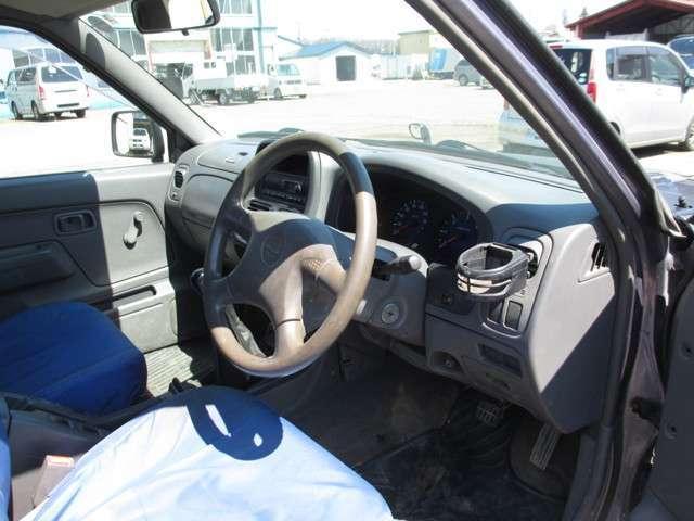 「日産」「ダットサン」「トラック」「北海道」の中古車11