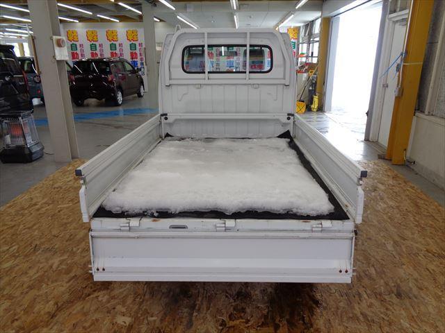 KC マニュアル車 4WD(10枚目)