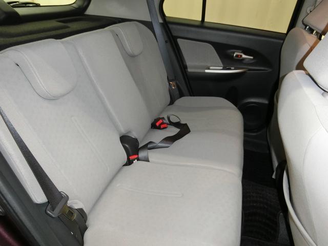 トヨタ イスト 150G 4WD スマートキー ナビ Bカメラ HID
