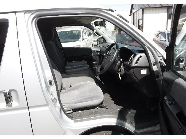 トヨタ ハイエースバン スーパーGL  4WD ETC リアヒーター 純正CD