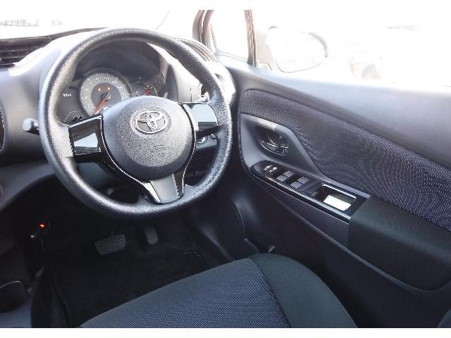 トヨタ ヴィッツ 1.3F LEDエディション 4WD スマートキー