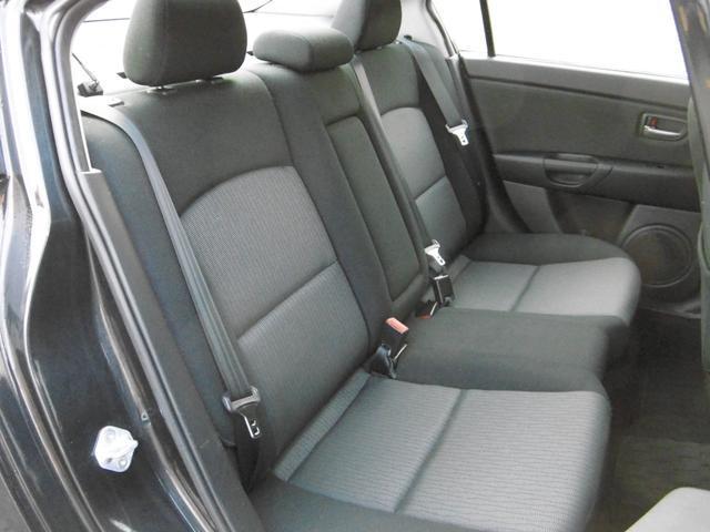 マツダ アクセラ 20F 4WD 1年間走行距離無制限無料保証付