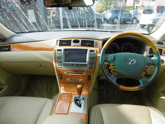 トヨタ クラウンマジェスタ Cタイプi-Four 社外マフラー HDDナビ 革シート