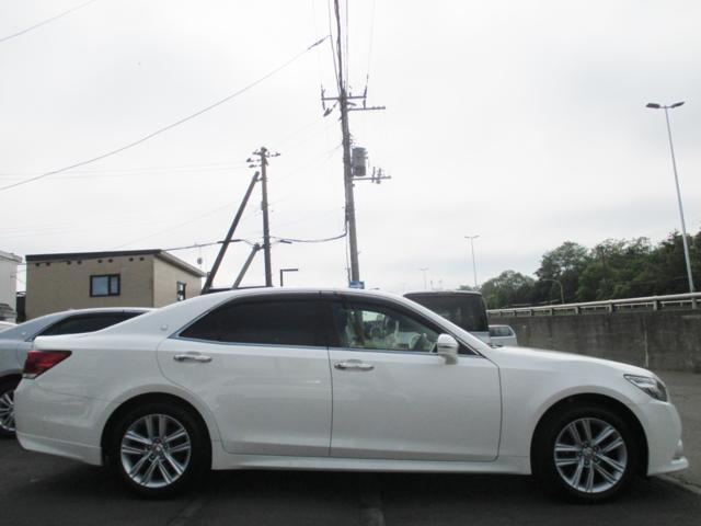 トヨタ クラウン アスリートSi-Four ナビ パワーシート 夏冬タイヤ付