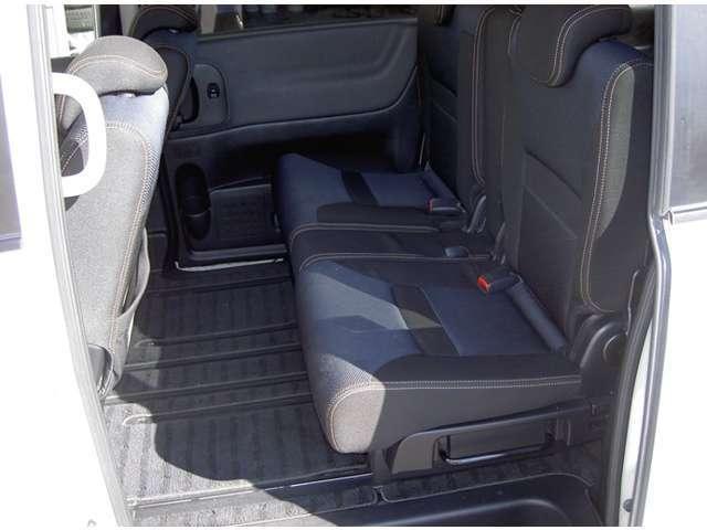 日産 セレナ 2.0 ハイウェイスター  HDDナビパッケージ 4WDナビ
