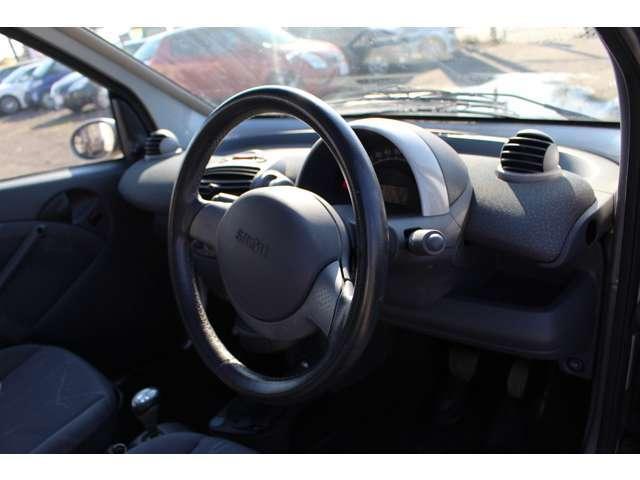 スマート スマート クーペ ベースグレード 軽登録車