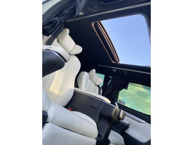 3.5エグゼクティブラウンジZ 白本革エアーシート・JBLプレミアムサウンド・Rエンターテイメントシステム・パノラミックビューモニター・サンルーフ・トヨタセーフティーセンス・3眼LEDヘッドライト・デジタルインナミラー・TRDエアロ(30枚目)