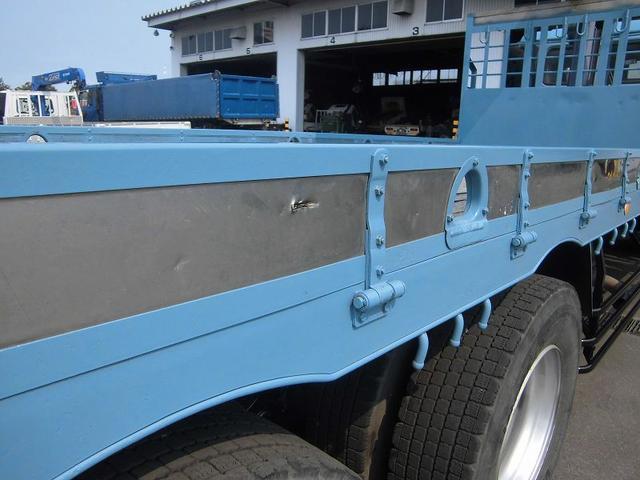 「その他」「ビッグサム」「トラック」「北海道」の中古車17