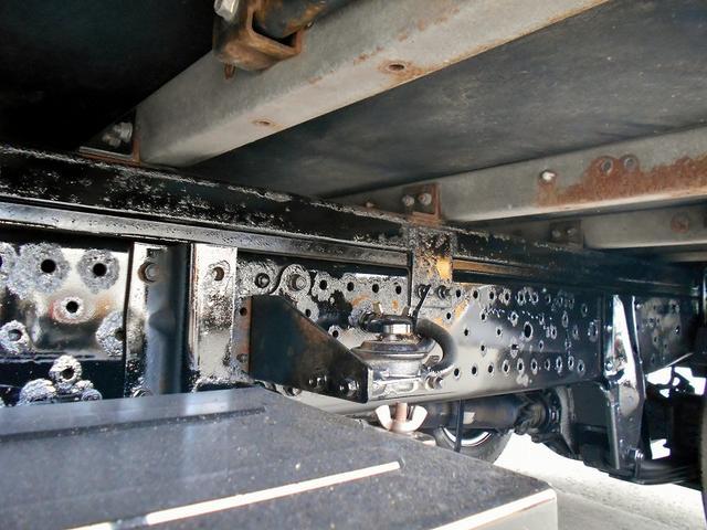 いすゞ エルフトラック ドライバン BKG-NHS85AN 4WD