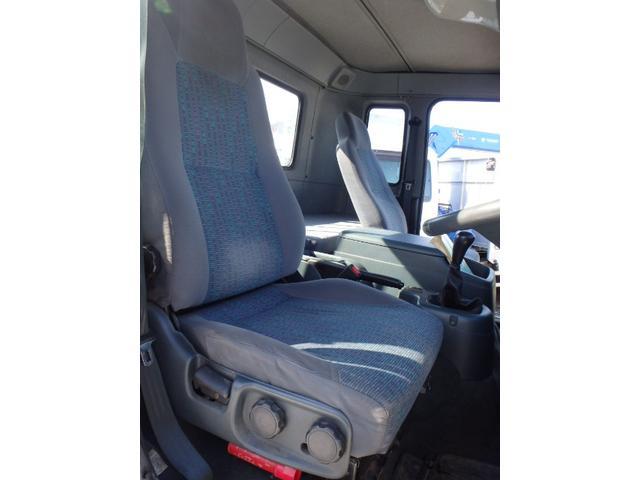 UDトラックス コンドル ワイド 増トン 5.5t積 7.2m 平ボデー