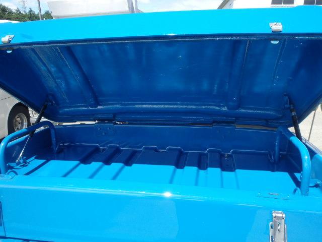 三菱ふそう キャンターガッツ 1.5t・4WD シングルタイヤ 平ボデー