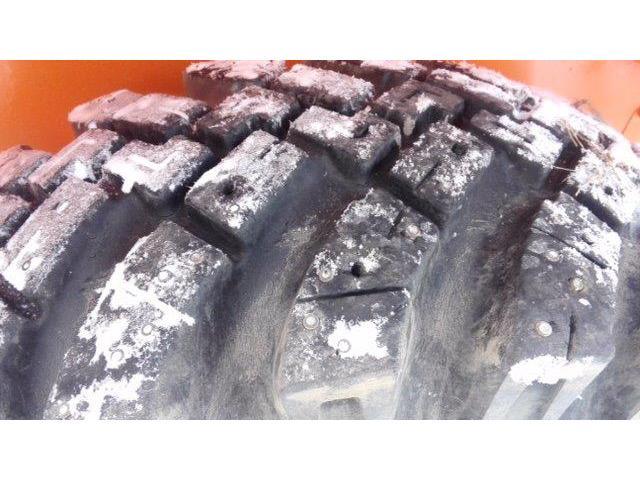 ホイールローダ LX70 1.3 スパイクタイヤ(7枚目)