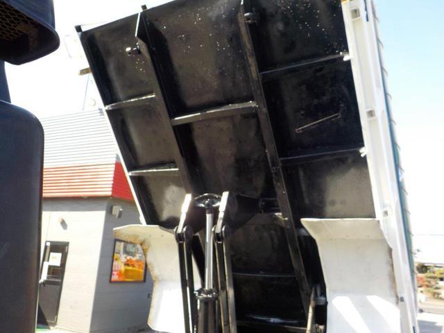 4トンダンプ コボレーン(14枚目)
