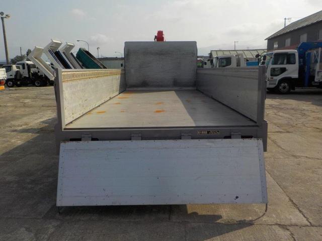4トン4段クレーンワイドロング アルミアオリ RC・ベッド付(8枚目)