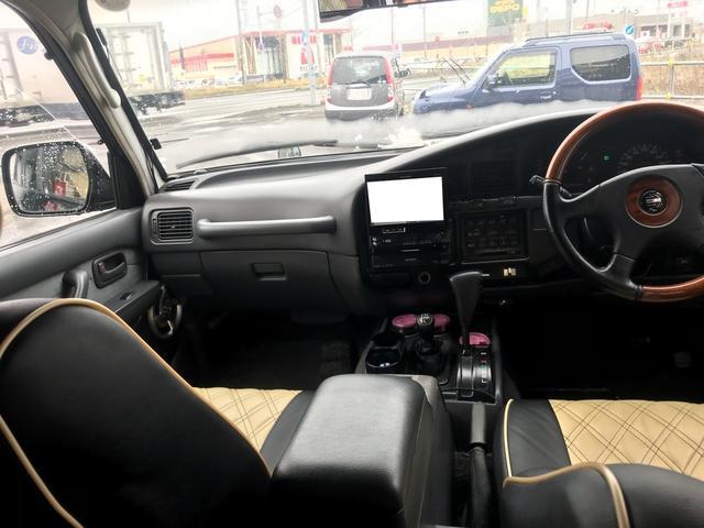 VXリミテッド 4WD TV ナビ サンルーフ AW(16枚目)