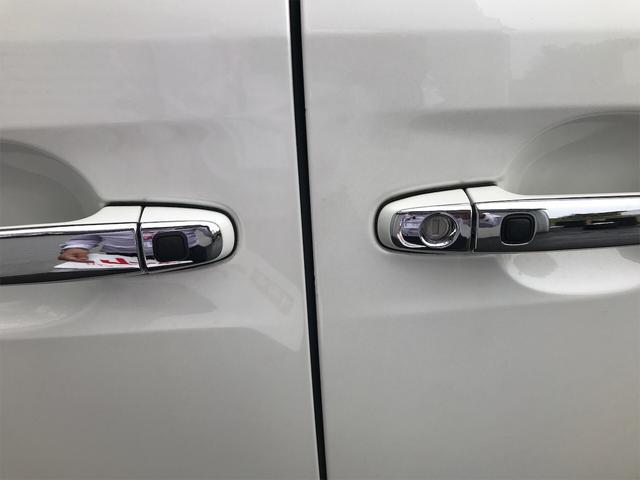 4WD 後席モニタ ナビ バックカメラ スマートキー 両側電動スライドドア AW ETC 7名乗り オーディオ付 電動リアゲート(20枚目)