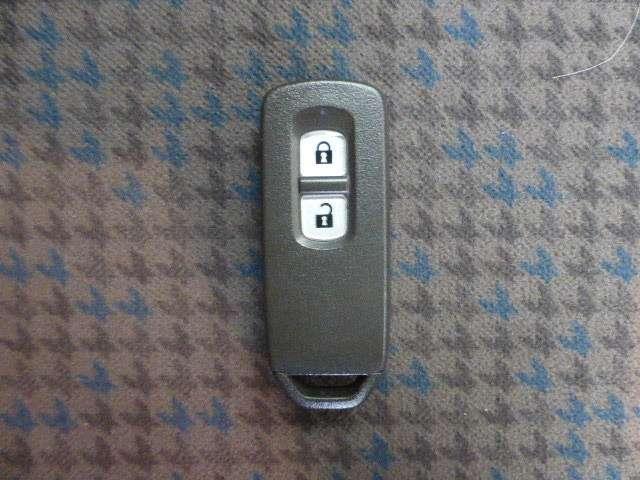 スタンダード・L 4WD メモリーナビ リアカメラ スマートキー(6枚目)