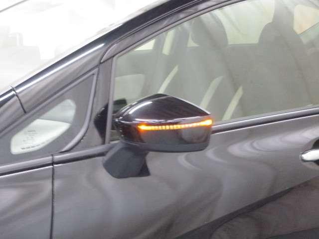 ウインカーミラーで対向車への視認性アップで安全性もアップ!