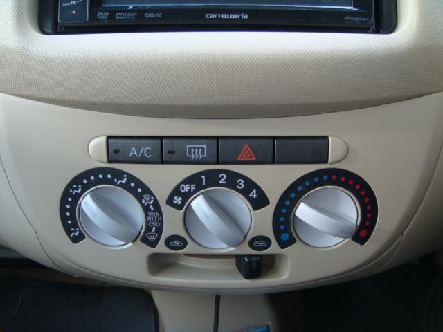 L 4WD HDDナビ 夏冬タイヤ付 寒冷地仕様(11枚目)
