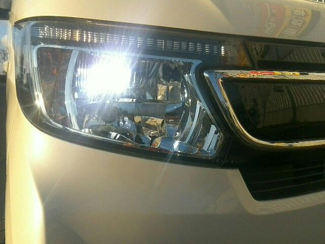660 G・Lパッケージ 5ドア DCVT 4WD 4人(2枚目)