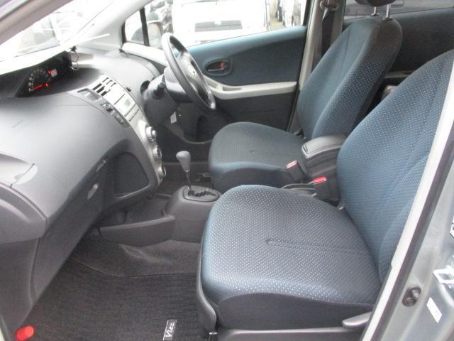 トヨタ ヴィッツ F 4WD ABS キーレス エンスタ HID Tチェーン