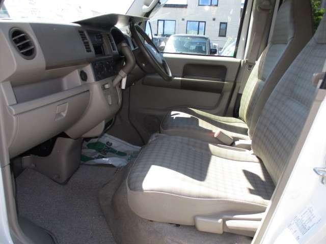 車いす移動車・4WD・ABS・修復無・1オーナー・5.8万k(10枚目)