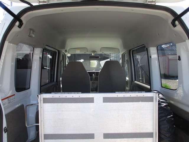 車いす移動車・4WD・ABS・修復無・1オーナー・5.8万k(13枚目)