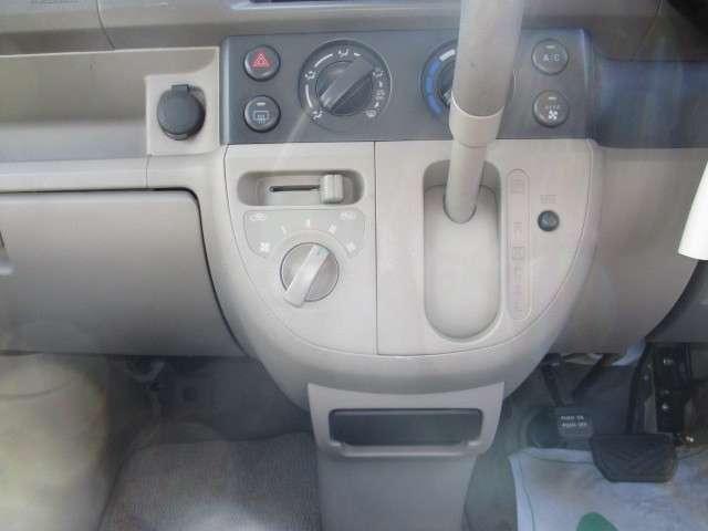 車いす移動車・4WD・ABS・修復無・1オーナー・5.8万k(19枚目)