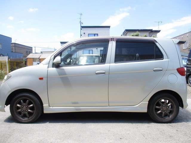 L 4AT・4WD・ABS・キーレス(4枚目)