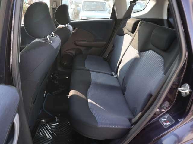 G 4WD 5AT・キーレス・ナビ・Rカメラ・3.1万k(13枚目)