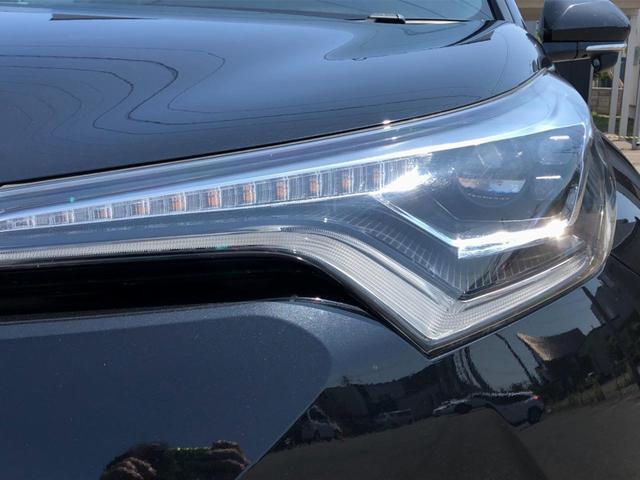 当社のアフターフォローは自社での販売車に拘りません。他社で買われたお車でも、エアバックやエンジンのチェックランプの診断から車検まで承ります。