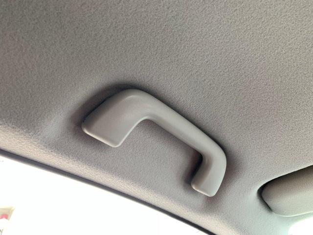 ■フロントシートはサイドエアーバックが付いております!
