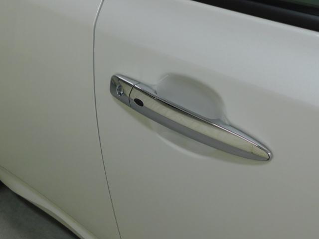 「日産」「リーフ」「コンパクトカー」「北海道」の中古車25