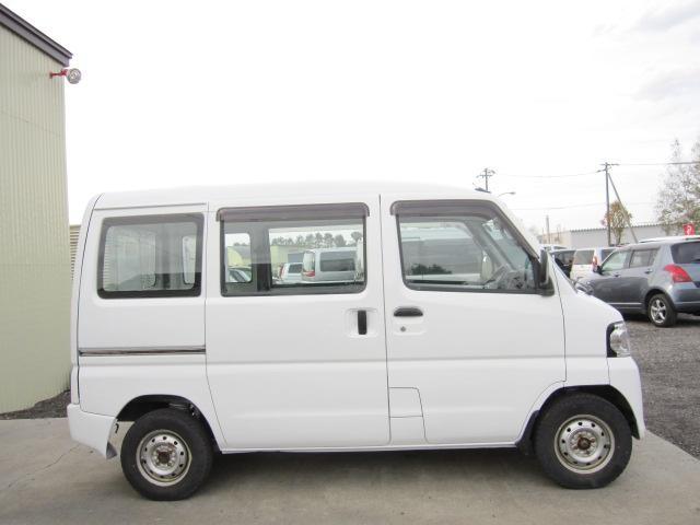 「日産」「NV100クリッパーバン」「軽自動車」「北海道」の中古車4