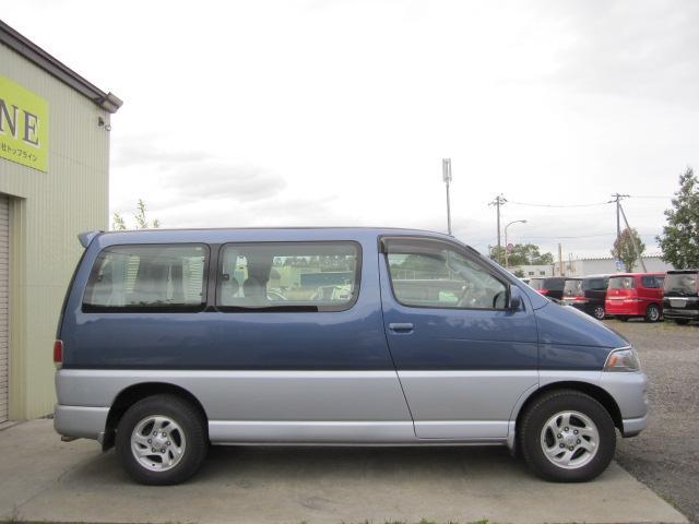 「トヨタ」「レジアス」「ミニバン・ワンボックス」「北海道」の中古車4
