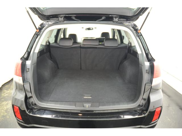 スバル アウトバック 2.5iアイサイト SパッケージLTD 4WD 本革 ナビ