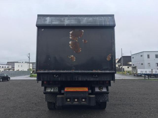 デカ箱ダンプ カスタム デコトラ(3枚目)