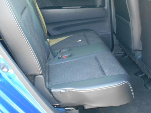 ベンチシート、横滑防止装置、TV、CD、ETC、HID、フォグランプ