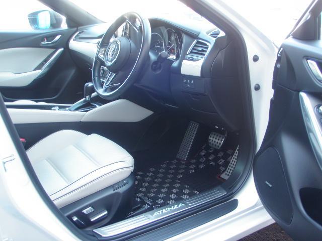 マツダ アテンザワゴン XD Lパッケージ4WD 白革 本州車 1オーナー 冬新品