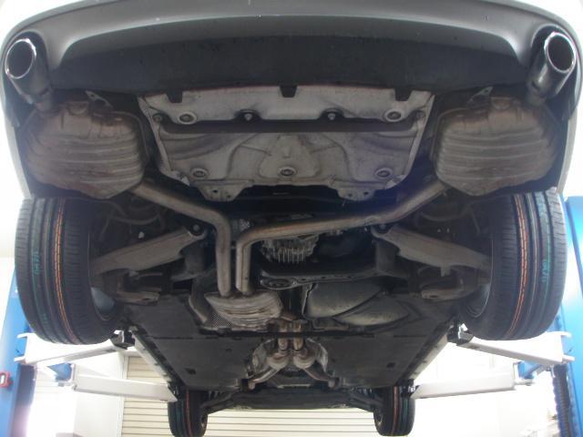 2.8FSIクワトロ 本州 黒革 夏冬タイヤ新品 車検整備付(3枚目)