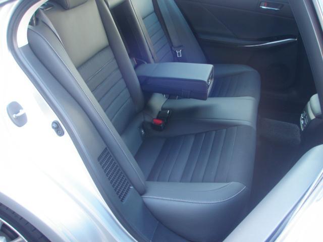 IS300h 4WD 本州車 VRX2セット新品 PCS(9枚目)