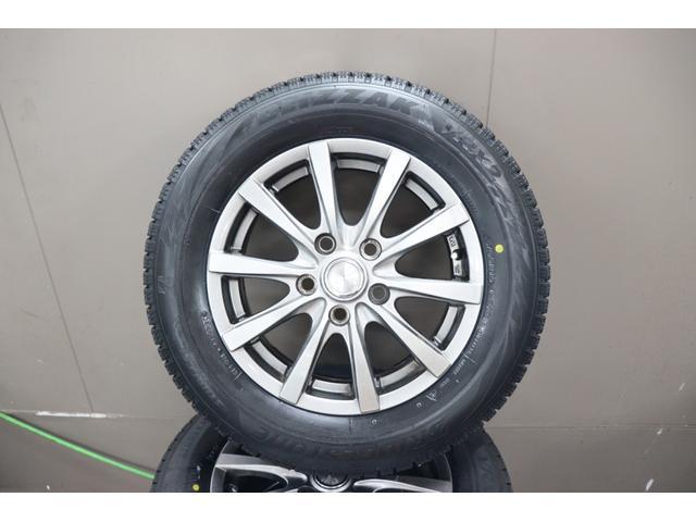 ブリヂストン製!最上位モデルのVRX2!!輸出仕様タイヤや長期倉庫保管品ではありません!!国内正規品!2020年製造!日本製!チューブレスバルブ新品&アルミ洗浄&研磨&ホイールバランス測定・調整済み♪