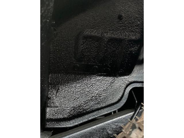 ランドベンチャー 3インチリフトアップ/下回りノックスドール防錆施工/社外前後パイプバンパー/MTタイヤ185・85R16(10枚目)