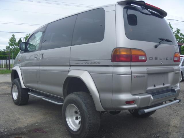 三菱 デリカスペースギア エクシード ツインサンルーフ 4WD