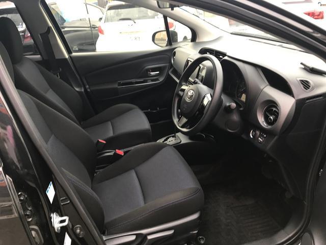 トヨタ ヴィッツ 1.3F LEDエディション 4WD