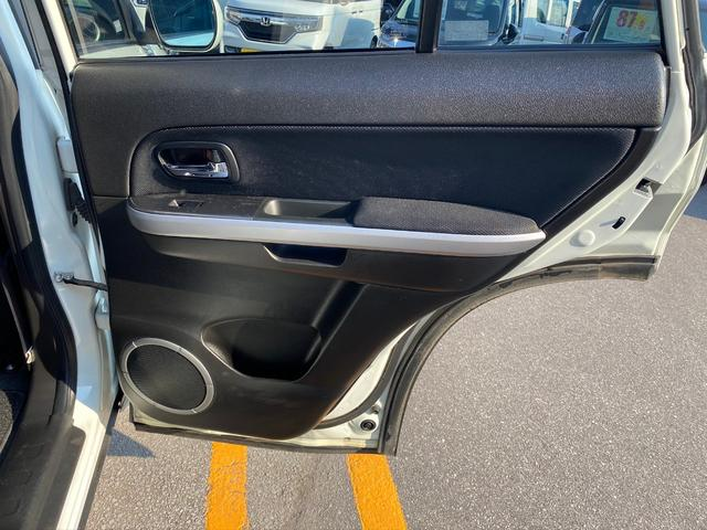 2.7サロモンリミテッド 4WD・サンルーフ・スマートキー・シートヒーター(18枚目)
