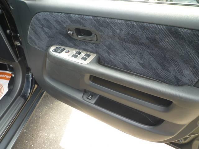 パフォーマiL 4WD(7枚目)