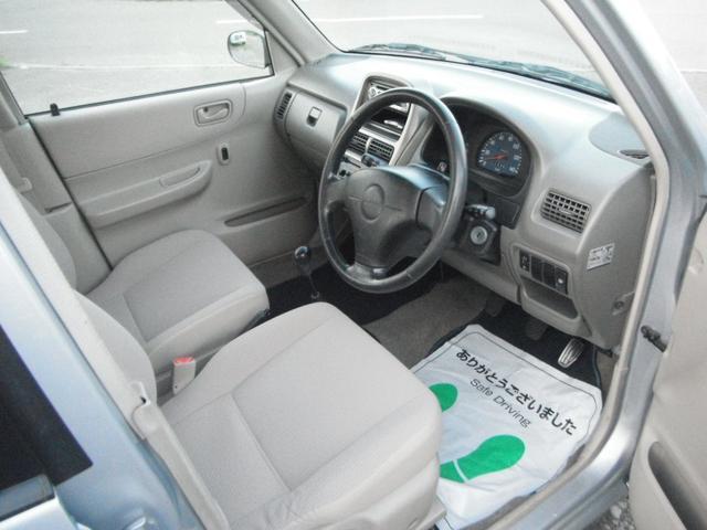 F 4WD 5速マニュアル車(11枚目)