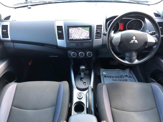 ローデスト リミテッドエディション 4WD 特別仕様車 7人乗 黒内装 社外HDDDナビ フルセグTV HIDヘッドランプ ETC  キーレスキー(11枚目)